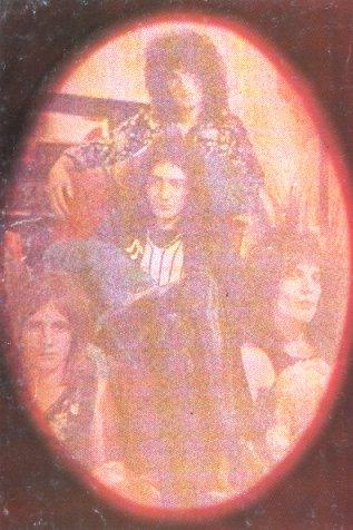 1972_queen_by_douglas_puddifoot_07.jpg