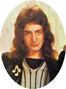 1972_queen_by_douglas_puddifoot_26.jpg