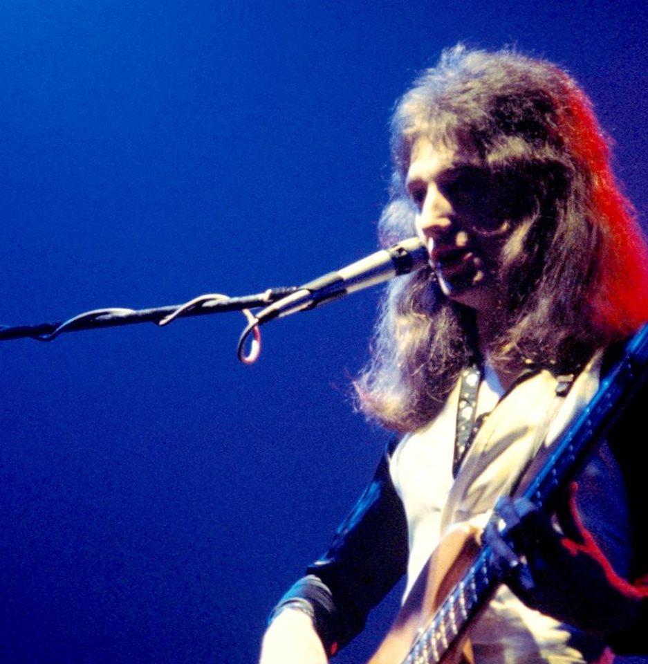john deacon live 1975