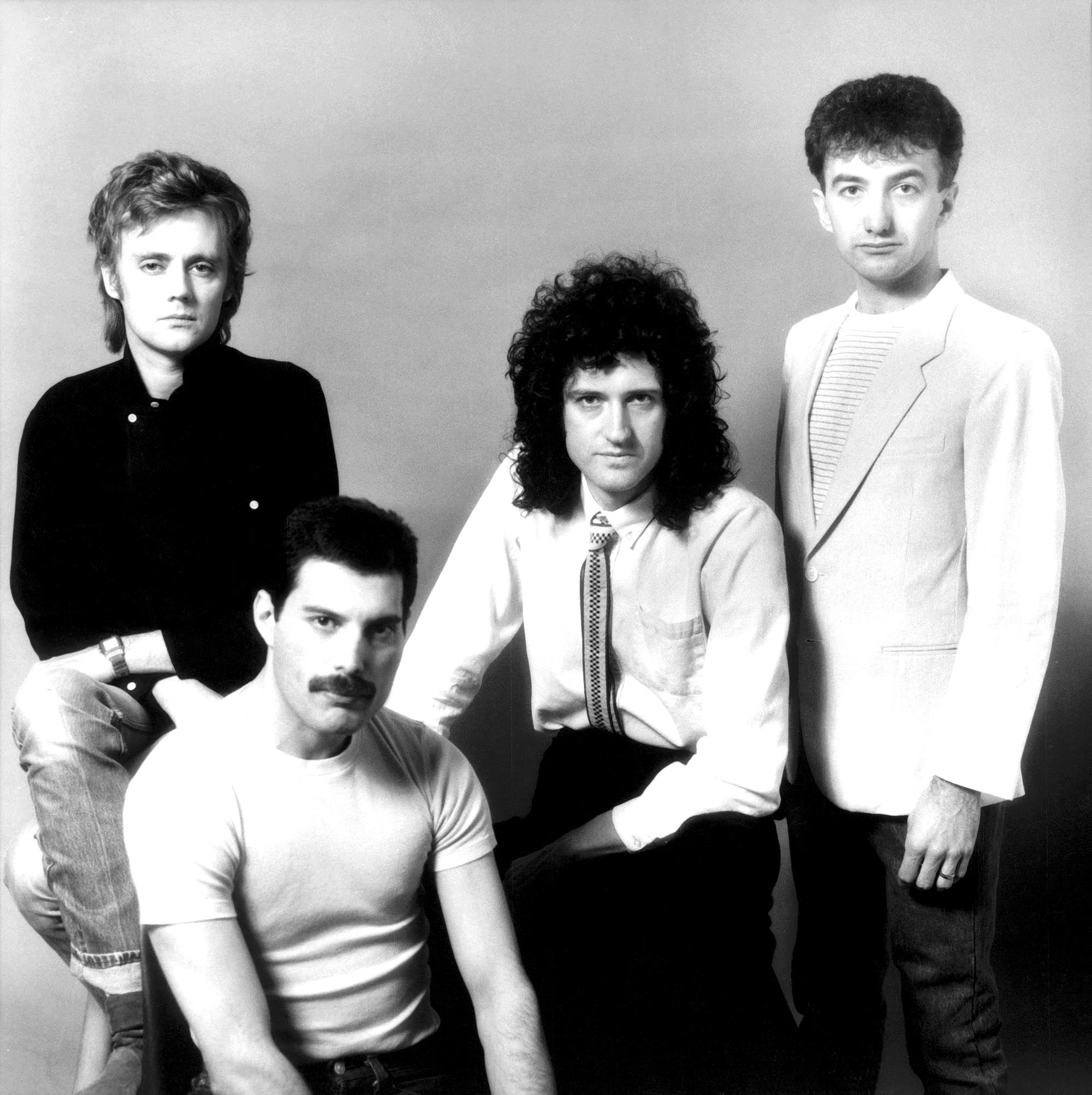 queen-1982-promo.jpg