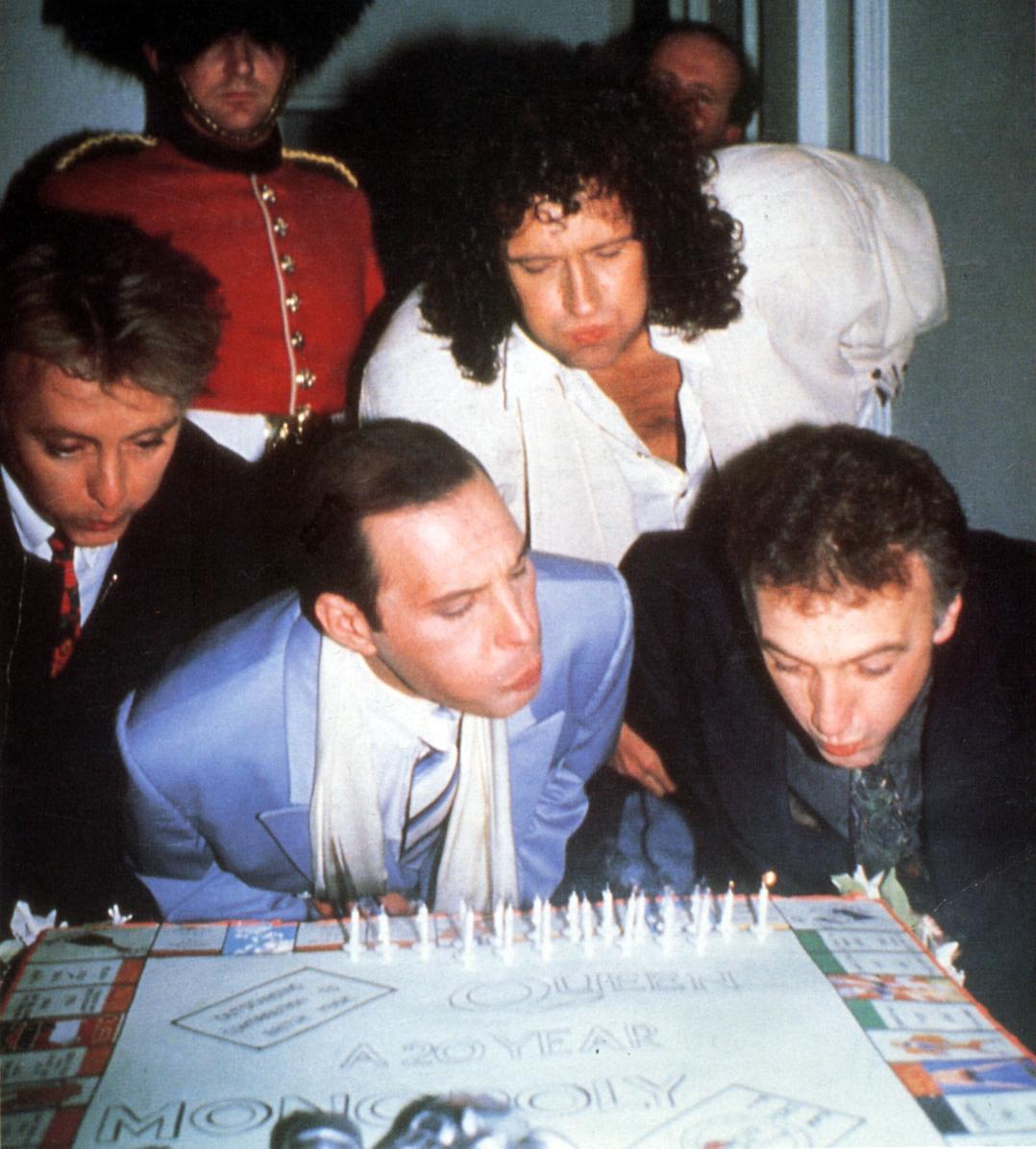queen-1990.jpeg