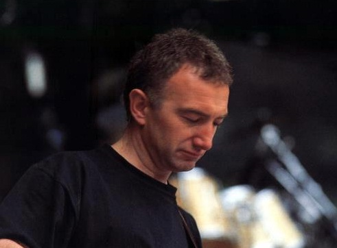 john-deacon-1992-wembley.jpg