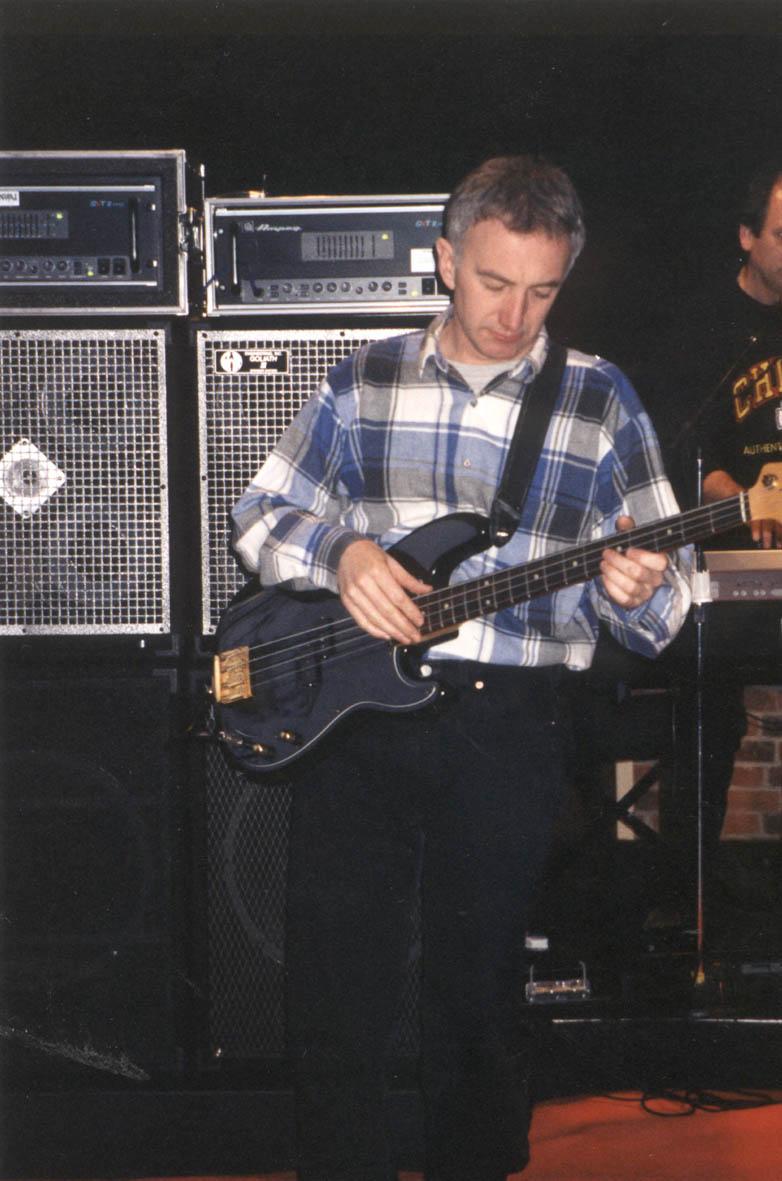john-deacon-1997.jpg