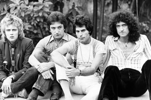 queen-1978-france.jpg