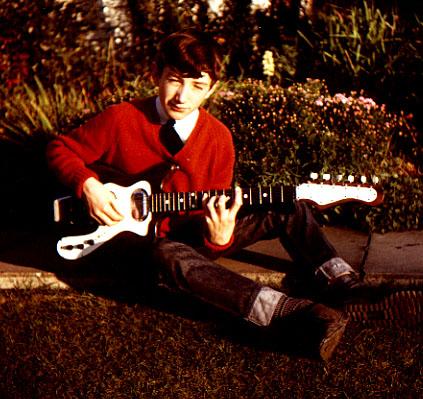 14lat John Deacon.jpg